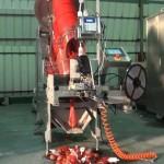Manual Potato Feeding Mesh Bag Clipping Machine